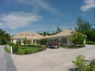 Bahamas beachfront estates for sale