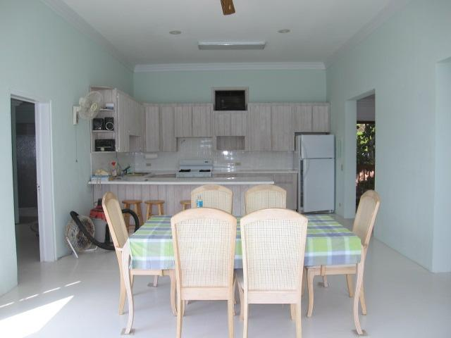 Waterfront bungalow sales Spanish Wells Eleuthera Bahamas