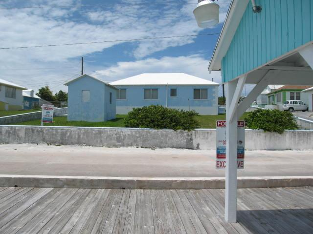 Harbour front property with dock for sale