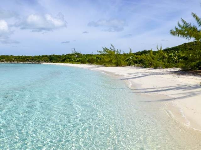 Private islands sales Bahamas