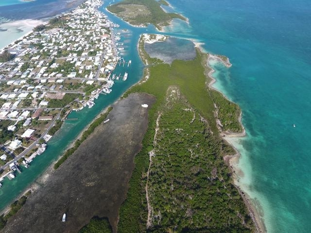 russlell island bahamas water front acreage