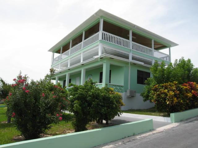 Spanish Wells house with dock for sale Eleuthera Bahamas